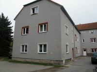 Bytový dům (Pronájem bytu 1+kk v osobním vlastnictví 31 m², Třešť)