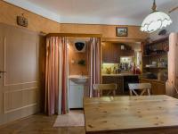 2.NP - Pokoj s kk (Prodej domu v osobním vlastnictví 166 m², Brno)