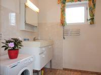 koupelna (Prodej chaty / chalupy 68 m², Krásná Hora nad Vltavou)