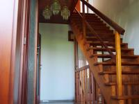 chodba (Prodej domu v osobním vlastnictví 150 m², Kamýk nad Vltavou)
