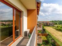 Lodžie (Prodej bytu 1+kk v osobním vlastnictví 33 m², Hostivice)