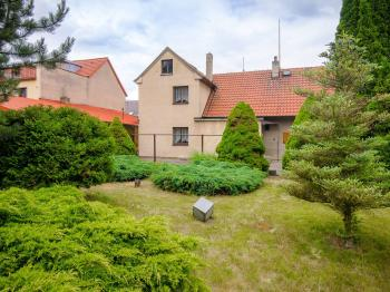 zahrada - Prodej domu v osobním vlastnictví 150 m², Jeneč