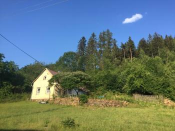 Prodej domu v osobním vlastnictví 100 m², Strážov