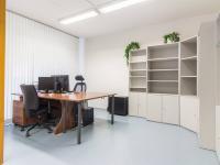 Showroom (Prodej obchodních prostor 145 m², Praha 6 - Veleslavín)