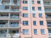 Dům po revitalizaci (Prodej bytu 3+1 v osobním vlastnictví 62 m², Plzeň)