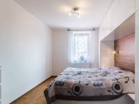 2.NP - ložnice (Prodej domu v osobním vlastnictví 274 m², Úvaly)