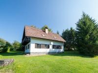 Pohled na dům z příjezdové cesty (Prodej chaty / chalupy 120 m², Frymburk)
