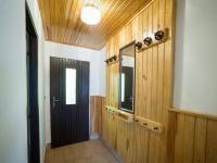 Předsíň v první polovině domu (Prodej chaty / chalupy 120 m², Frymburk)