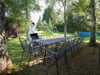 Venkovní posezení s krbem (Prodej chaty / chalupy 120 m², Frymburk)
