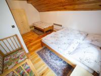 Pokoj č.1 v druhé polovině domu (Prodej chaty / chalupy 120 m², Frymburk)