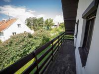 Balkon u pokoje č.1 (Prodej chaty / chalupy 120 m², Frymburk)