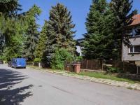 Pohled na klidnou ulici (Prodej bytu 3+kk v osobním vlastnictví 79 m², Rosice)