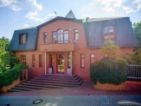 Prodej domu v osobním vlastnictví, 200 m2, Praha 10 - Hostivař