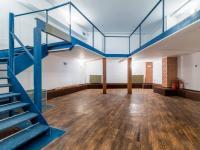 Prodej komerčního prostoru (obchodní) v osobním vlastnictví, 142 m2, Praha 5 - Hlubočepy