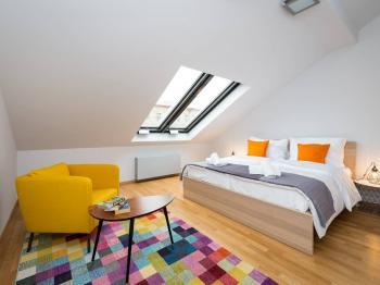 Prodej bytu 2+kk v osobním vlastnictví 142 m², Praha 1 - Staré Město