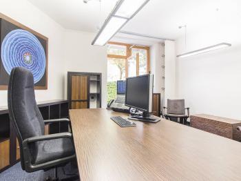 Kancelář s terasou - Prodej obchodních prostor 145 m², Praha 6 - Veleslavín