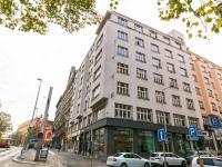 pohled na dům (Prodej bytu 2+kk v osobním vlastnictví 50 m², Praha 2 - Vinohrady)