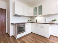 kuchyně (Prodej bytu 2+1 v osobním vlastnictví 75 m², Chrášťany)