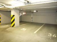 Pronájem garážového stání 13 m², Praha 4 - Michle