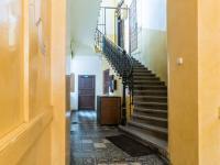Přízemí domu (Prodej bytu 4+1 v osobním vlastnictví 133 m², Praha 1 - Nové Město)