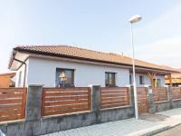 Prodej domu v osobním vlastnictví, 220 m2, Veltrusy