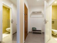 Vstup do bytu - Prodej bytu 2+kk v osobním vlastnictví 34 m², Neratovice