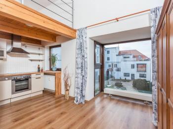 Prodej bytu 1+kk v osobním vlastnictví 36 m², Klecany