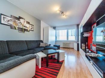 Prodej bytu 3+1 v osobním vlastnictví 72 m², Praha 8 - Střížkov
