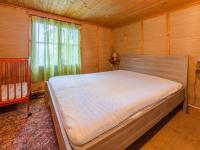 Chalupa: ložnice v patře - Prodej domu v osobním vlastnictví 160 m², Jesenný