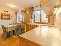 Rodinný dům: kuchyň - Prodej domu v osobním vlastnictví 160 m², Jesenný