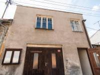 Pohled na dům - Prodej domu v osobním vlastnictví 90 m², Kostelec nad Černými lesy