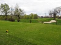 Golfové hřiště Golf Club Hodkovičky v Braníku, 1 km od domu - Prodej bytu 2+kk v osobním vlastnictví 60 m², Praha 4 - Braník