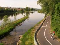 Povltavská cyklotrasa, 500 m od domu - Prodej bytu 2+kk v osobním vlastnictví 60 m², Praha 4 - Braník