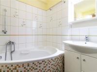 Moderní koupelna - Prodej bytu 2+kk v osobním vlastnictví 60 m², Praha 4 - Braník