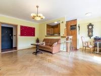 Obývací pokoj s kuchyňským koutem, 30 m2 - Prodej bytu 2+kk v osobním vlastnictví 60 m², Praha 4 - Braník