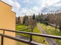 Výhled z lodžie - Prodej bytu 2+kk v osobním vlastnictví 60 m², Praha 4 - Braník