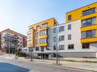 Pohled na dům - Pronájem bytu 5+kk v osobním vlastnictví 145 m², Praha 5 - Košíře