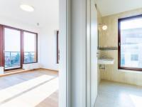 Ložnice č.1 + koupelna s WC - Pronájem bytu 5+kk v osobním vlastnictví 145 m², Praha 5 - Košíře