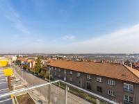 Pohled z obývacího pokoje - Pronájem bytu 5+kk v osobním vlastnictví 145 m², Praha 5 - Košíře