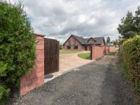 Prodej domu v osobním vlastnictví, 350 m2, Mělník