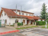 Pronájem komerčního objektu (administrativní budova), 100 m2, Brandýs nad Labem-Stará Boleslav