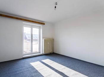 Obývací pokoj - Prodej bytu 2+1 v osobním vlastnictví 54 m², Mladá Boleslav