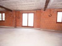 1. patro - velká propojená místnost - Prodej domu v osobním vlastnictví 300 m², Úvaly