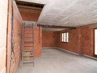 1. patro - vstup do 2. patra - Prodej domu v osobním vlastnictví 300 m², Úvaly