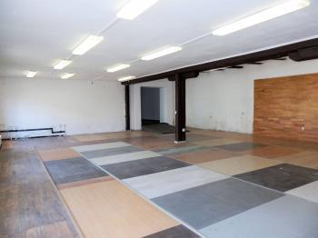 Pronájem komerčního objektu 479 m², Říčany