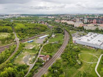Prodej pozemku 2233 m², Praha 10 - Strašnice (ID 2