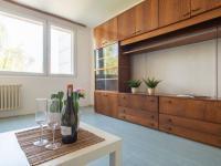 Obývací pokoj - Prodej bytu 2+1 v osobním vlastnictví 63 m², Kolín