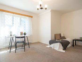Pokoj - Prodej domu v osobním vlastnictví 140 m², Kounice