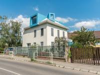 Pozemek s parkováním plně oplocen - Pronájem kancelářských prostor 342 m², Praha 5 - Jinonice