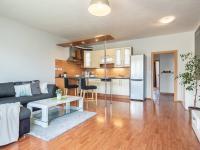 Prodej bytu 2+kk v osobním vlastnictví, 66 m2, Horoměřice